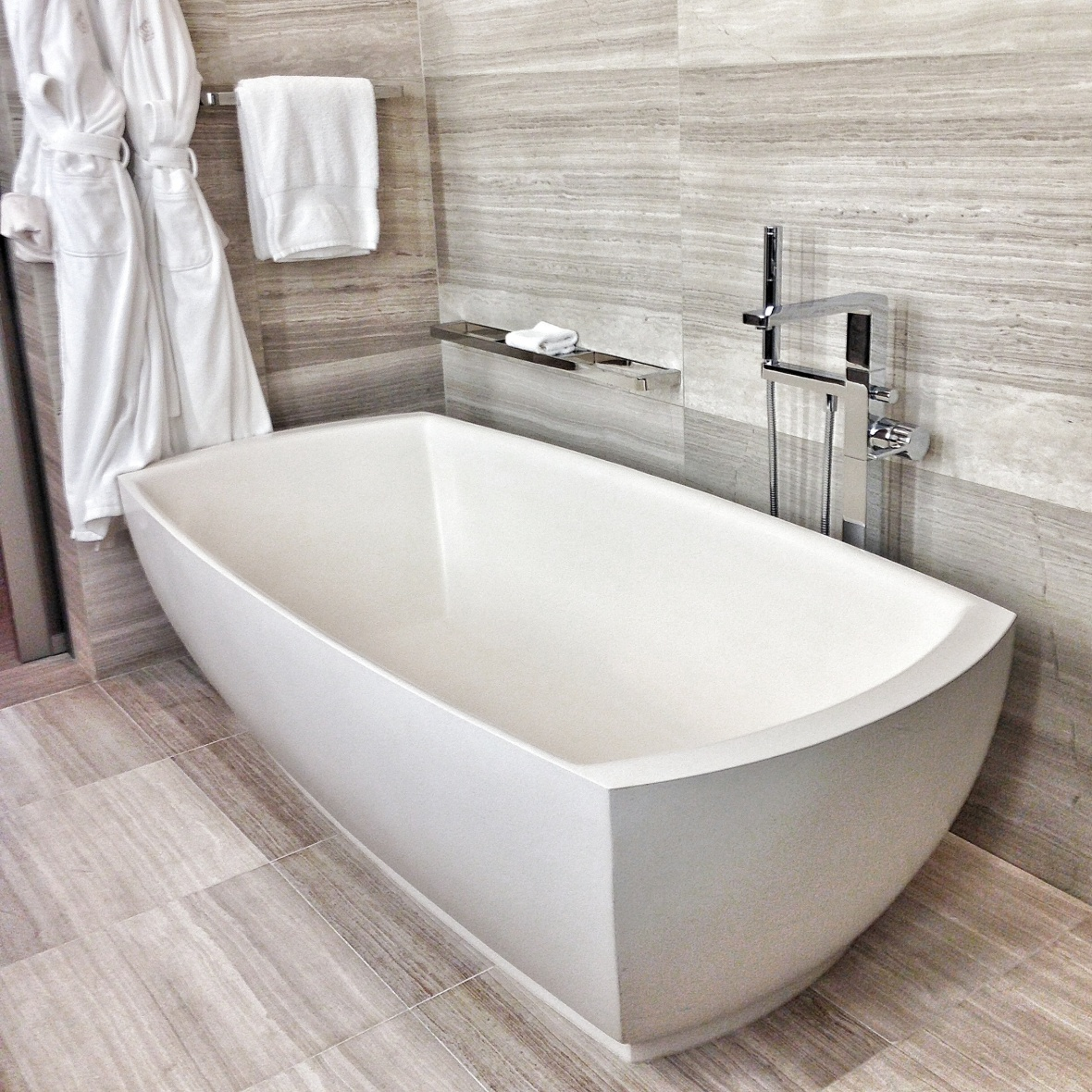 Four Seasons Toronto Bathtub