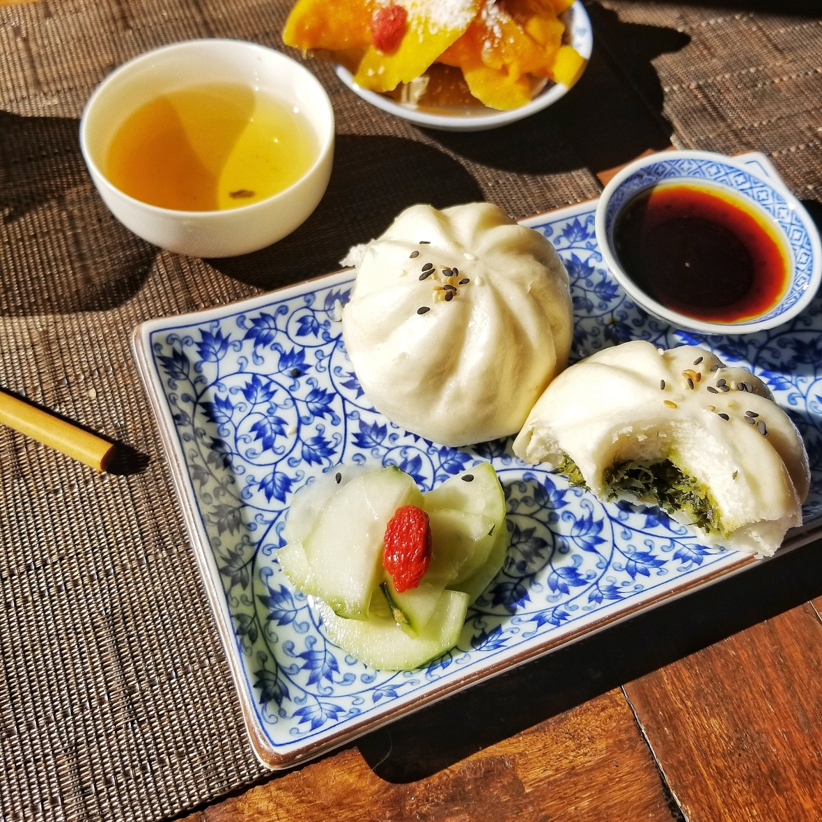 Lan Su - Steamed Buns and cucumber salad